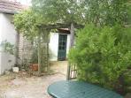 1ère terrasse et jardin