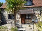 2 The Granary Grade II holiday cottage in Brighstone