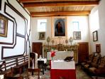 La chiesa durante la festa del santo cui è dedicata: San Pietro.