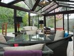 Conservatory with underfloor heating & climate controlled ventilation, perfect space all year round