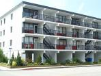 Building,Hotel,Balcony,Villa,High Rise