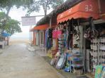 Orange flea market 2 minutes from apartments