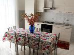 cucina attrezzata, a disposizione degli ospiti