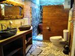 Bathroom Bungalow Semilir