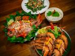 Fresh seafood BBQs available, please let us know 24 hours ahead of time.