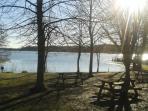 Parco Naturale del lago di Candia area parco giochi  distanza a piedi 30min.