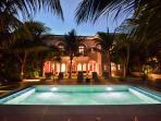 Hacienda Corazon Beach Front 5-10 BR Amazing Villa