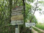 Marked trails and circuits around Fraysse Haut