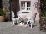 We provide a patio set and sun shade should you fancy alfresco dining