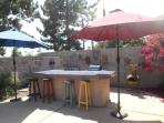 Outside bar w/barbeque