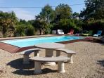La piscine du Logis de Chalons