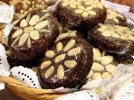 Regional fig cakes