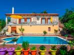 Villa Anemone - Pool area