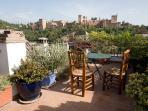 Vista de la Alhambra desde la terraza de la casa
