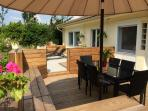 Rear terrace & garden with garden furniture for 6, parasol & gas barbecue, clothes drying rack