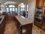 Gourmet fully equipped kitchen - Prepare all of your favorite meals