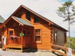 Beautiful Honeymoon Cabin located in Black Bear Ridge Resort