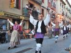 Actividades culturales y folclóricas en Jaca durante el verano