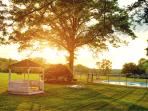 Relaxing, acreage with pool and tennis