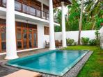 The apartment plunge pool