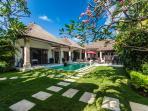 3 Bedroom Private Pool Villa Central Seminyak