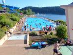 zusätzliches Schwimmbad beim See