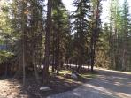 Driveway and Parking | The Ridge At Glacier, MT