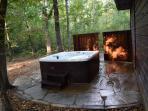 Hot tub on flagstone deck