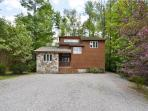 Comfortable mountain home is a short walk to the Timberline Trails!