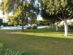 zona piscina , jardin comunitario
