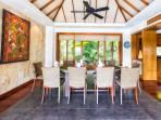Baan Surin Sawan - Interior dining room