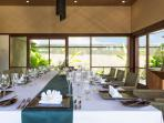 Bayu Gita Beachfront - Indoor dining
