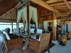 Majapahit Villas - Villa Maya - Bridal suite dining