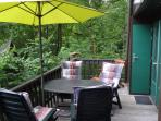 balkon met tuinmeubilair