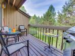 Mt. Bachelor condo with a private balcony & a shared pool, hot tub & tennis!