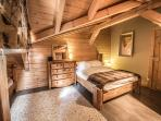 Chalet Pomet, Morillon wake up in this gorgeous bedroom
