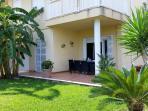 Private Garden - Terrace Dining Area