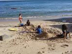 My daughter's playdate 2 house next to our rental ( sandy beach during both high or low tide)
