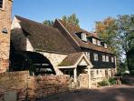 Brampton apartment rental - Local Village Pub & Restaurant