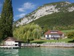 5 Star waterfront villa Bagatelle for 10 p. Annecy