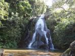Cachoeira Tobogã fica à 500 metros da casa.