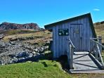 Wildlife watching hut by Scourie Bay (5 minute walk)