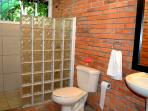 Secondary ensuite bathroom