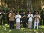 Some of the Staff at Villa Arika