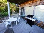 BBQ ans seating area
