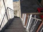 A2-Manji(3+1): staircase
