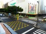 Situado en la calle principal de comercios de la ciudad y con todo tipo de servicios.
