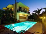 Seaview Villas (Villa Pyrgos)