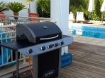 Enjoy your barbecue by the pool