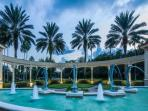 Resort - Dolphin fountains